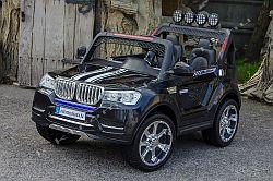BMW X5 4X4 fekete elektromos kisauto oldal-elol.jpg