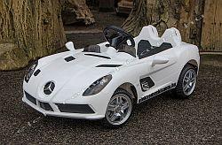 Mercedes SLR 12V elektromos kisauto oldal-elol.jpg