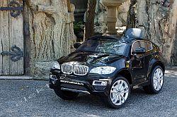 elektromos kisautó BMW X6 fekete oldal-elől.jpg