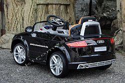elektromos kisauto AUDI TTS Roadster oldal-hatul.jpg
